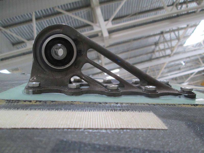 Ist bereits geflogen: ein 3D-gedrucktes Metallteil einer A350 XWB (Foto © Airbus)