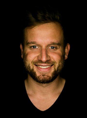 Walter Hermann Videograf und Emotion Designer der Founders Foundation