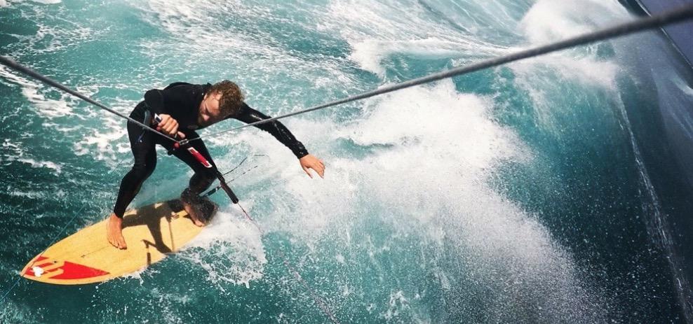 Fridtjof Detzner raus aus der Komfortzone beim Kite Surfing